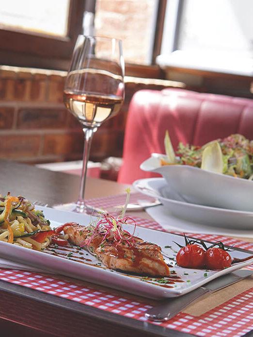 Chez Françoise | Restaurant Rôtisserie - Plats
